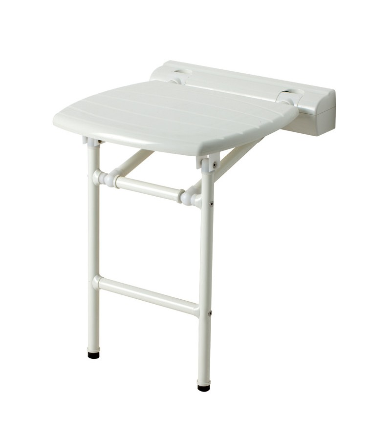 Folding seat with ground...