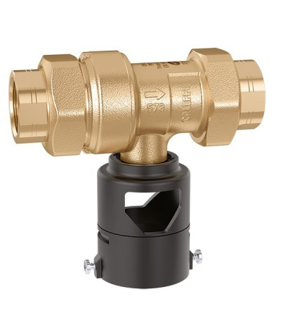 Non controllable backflow preventer with different pressure zones caleffi 573