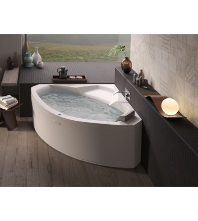 Corner bath with whirlpool Jacuzzi UMA