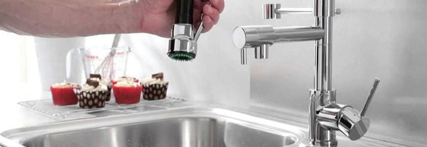 Kitchen taps with shower head