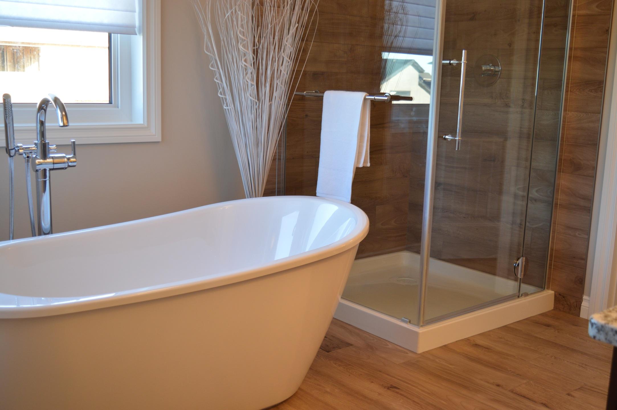 Vasca Da Bagno Enorme arredare un bagno grande: idee e consigli per un bagno da