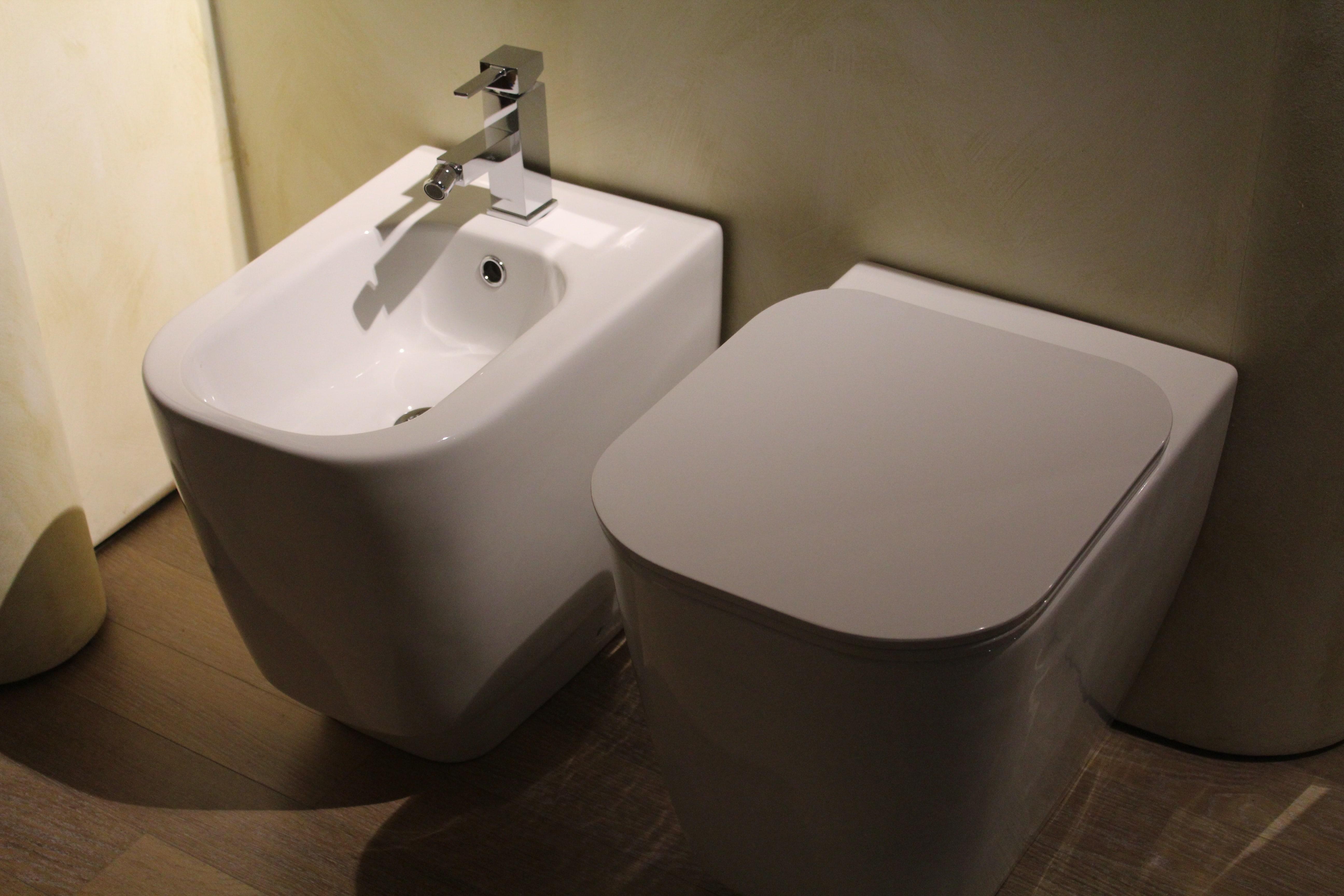 Consigli utili su come pulire i sanitari del bagno rubinetteria shop