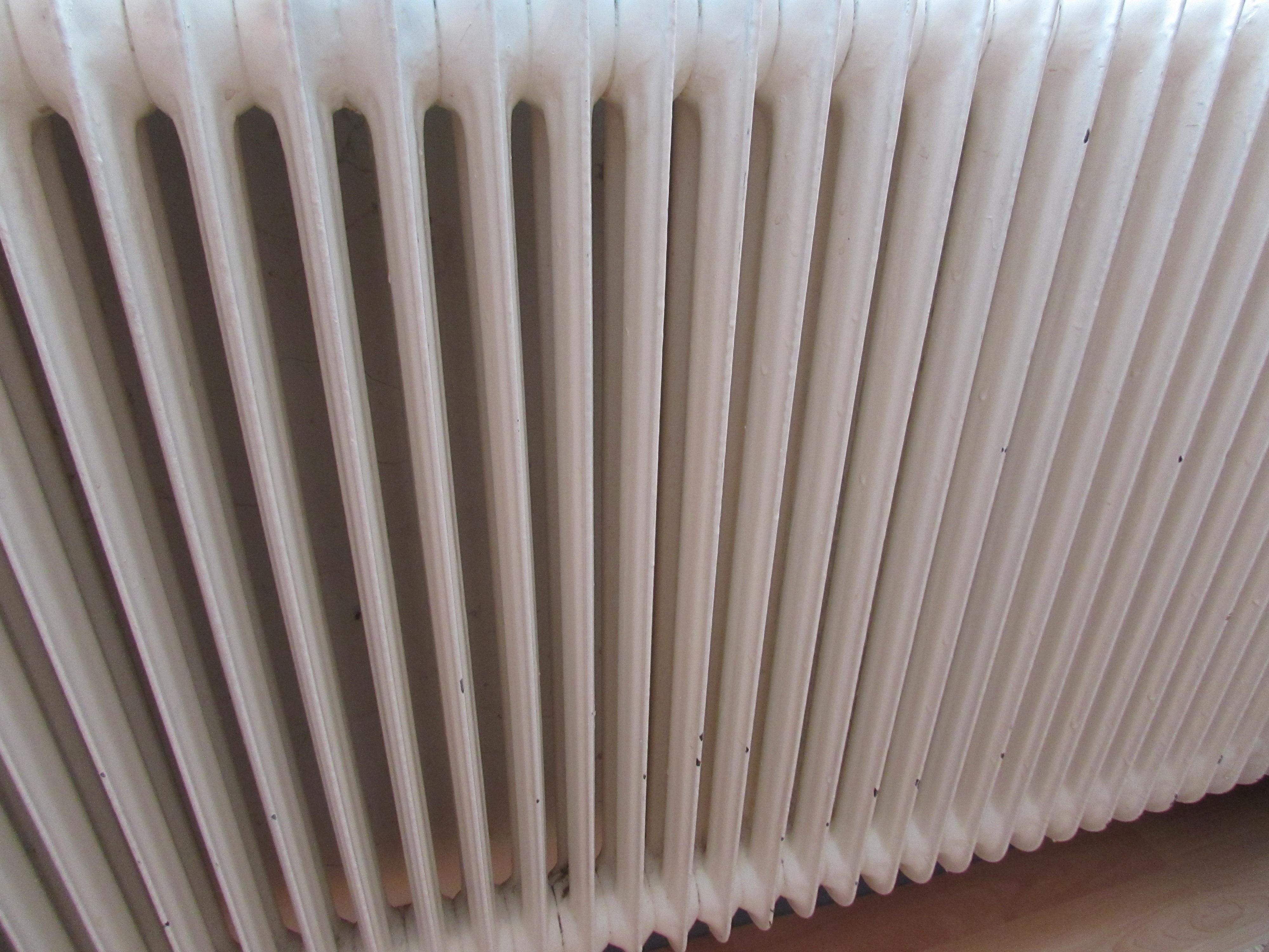 Verniciare termosifone in ghisa o alluminio